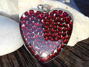 Náhrdelníky - granátové srdce-granát-pyrop-CZ - 11285581_
