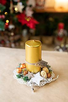 Dekorácie - Vianoce - svietnik - zlatá sviečka - 11282847_