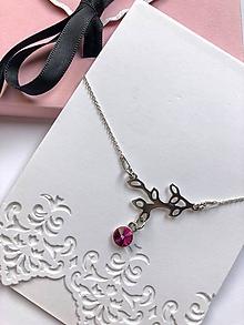Náramky - Strieborný Ag925 retiazkový náramok s vetvičkou a ružovým Swarovski kryštálom - 11283681_