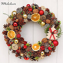 Dekorácie - Vianočný veniec so stromčekom - 11282570_