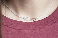 Náhrdelníky - Strieborný náhrdelník s levanduľou - 11279718_
