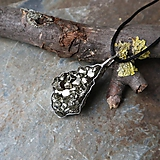 Náhrdelníky - Trblietanie (pyrit) - 11282467_