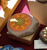 Dekorácie - Oranžový - Na kameni maľované - 11284662_