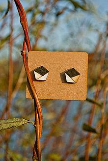 Náušnice - Drevené náušnice - Envelopes (Čierno-biela) - 11281484_