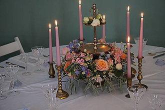 Dekorácie - Svadobná výzdoba na okrúhly stôl - 11282680_