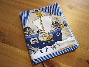 """Úžitkový textil - Obal na knihu """"Piráti"""" - 11280745_"""