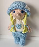 Hračky - Háčkovaná bábika - 11283888_