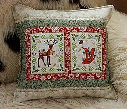 Úžitkový textil - vankúšik Vianoce s lesnými zvieratkami - 11280045_