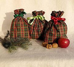 Úžitkový textil - Vianočné vrecká (Zeleno-červené káro) - 11283958_