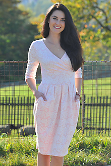 Šaty - Šaty Audrey - pudrová krajka, vel. XS - S - 11280055_