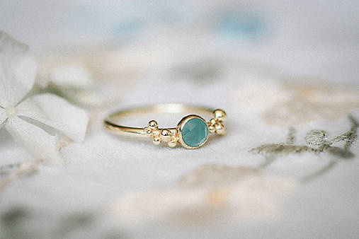 Prstene - Zlatý prsteň s akvamarínom - Bokeh Gold Aqua - 11285880_
