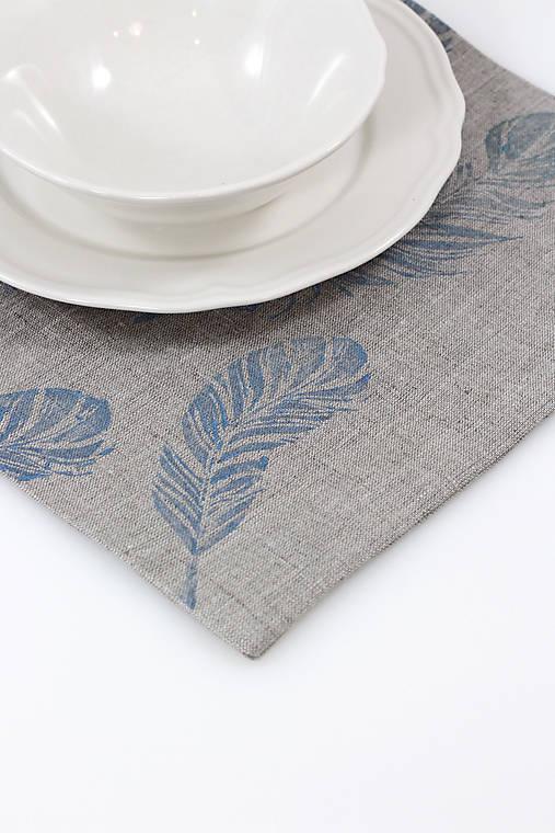 Úžitkový textil - Ľanové prestieranie s ručnou potlačou pierok - set, 6ks na želanie - 11286320_