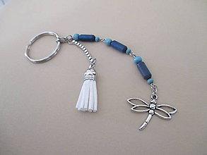 Kľúčenky - Kľúčenka - modro/biela - VÁŽKA - s drevenými korálkami - 11288694_