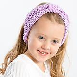 Detské doplnky - Pletená čelenka na zimu fialová - 11287332_