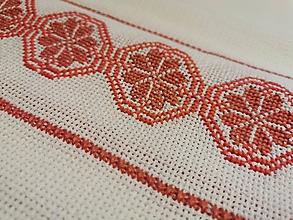 Úžitkový textil - Ručne vyšívaný obrus Pomaranč - 11288565_