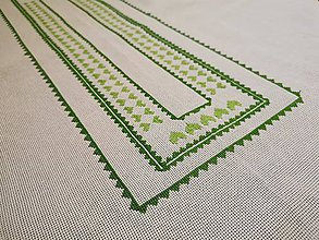 Úžitkový textil - Ručne vyšívaný obrus Šťastie - 11288706_