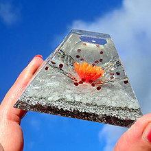 Dekorácie - Andělský květ * Červená * Velká pyramid pro Energii - 11292727_