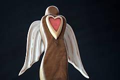 Dekorácie - Anjel so srdcom V. - 11291360_