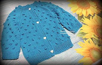 Detské oblečenie - Pletený svetrík z merina - 11291718_