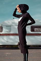 Šaty - FNDLK úpletové šaty 443 RuVdK midi - 11290676_