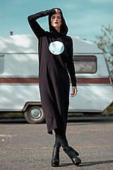 Šaty - FNDLK úpletové šaty 443 RuVdK midi - 11290677_