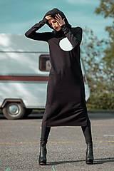 Šaty - FNDLK úpletové šaty 443 RuVdK midi - 11290678_