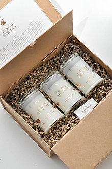 Svietidlá a sviečky - Vianočná rozprávka - Darčekové balenie vonných sviečok - 11293215_