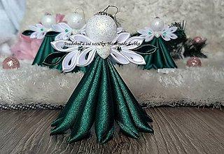 Dekorácie - Vianočná ozdoba anjelik - červený (Zelená) - 11291503_