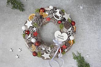 Dekorácie - Vianočný veniec na dvere - 11290185_