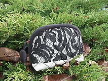 Taštičky - taštička s čiernou čipkou - 11290594_