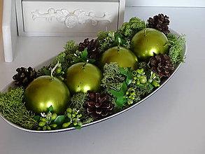Svietidlá a sviečky - Zelený adventný svietnik - 11290192_
