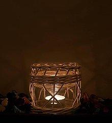 Svietidlá a sviečky - Svietnik z pedigu - 11293248_