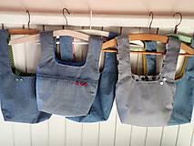 Iné tašky - Taška na obed z recyklovanej džínsoviny (Džínsová/Zelená podšívka s bielymi bodkami) - 11294637_