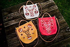 Veľké tašky - Vyšívaná ľanová taška - 11296020_