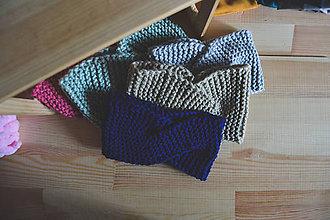 Čiapky - Pletená čelenka (Modrá) - 11295608_