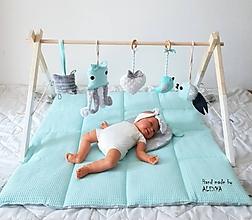 Detské doplnky - Drevená hrazdička pre bábätko - 11296964_