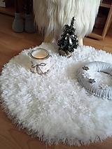 Úžitkový textil - HYGGE háčkovaná podložka pod vianočný stromček - 11294925_