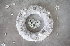 Dekorácie - Vianočný veniec na dvere - 11294261_