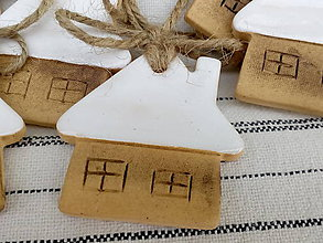 Dekorácie - Vianočná ozdôbka domček - 11296809_