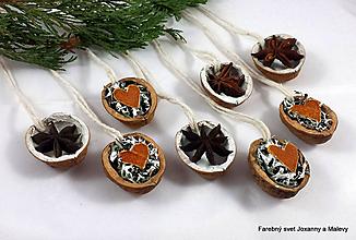 Dekorácie - vianočné oriešky Voňavé - 11296983_