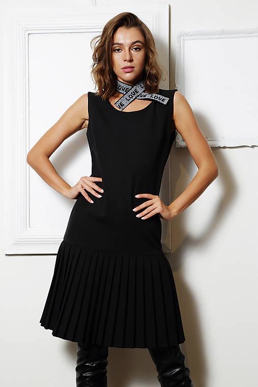 Elegantné šaty Christien