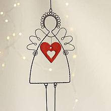 Dekorácie - anjelik s veľkým srdiečkom - 11299215_