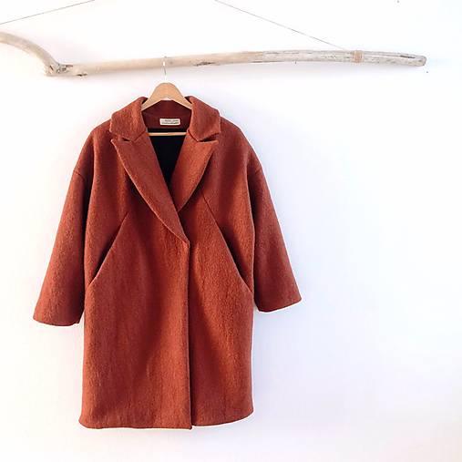 French coat .vlnený