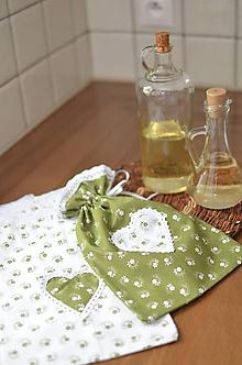 Úžitkový textil - Zelené vidiecke vrecúška - 11301588_