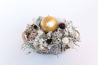 Dekorácie - Prírodný svietnik v zimných farbách - 11301115_