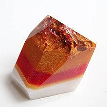 Dekorácie - Sopečný kameň trikolóra - 11300447_