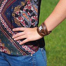Náramky - VÝPREDAJ - Dámske hodinky- hnedý remienok - 11301645_