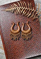 Náušnice - Drevené náušnice orechové •Amazonky• - 11299626_