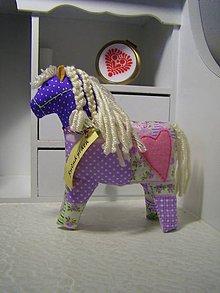 Hračky - koník - 11302565_