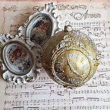 Dekorácie - Zlatá s hodinami - 11303837_